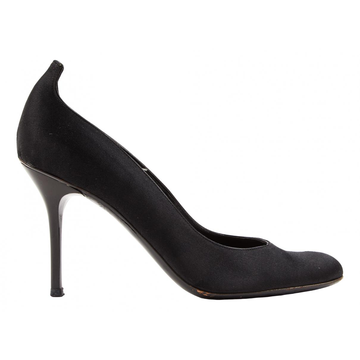 Gucci \N Black Cloth Heels for Women 38.5 EU