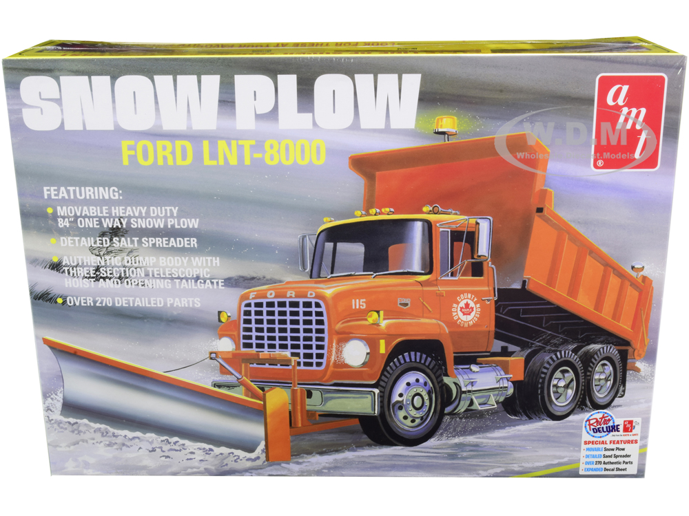 Skill 3 Model Kit Ford LNT-8000 Snow Plow Truck 1/25 Scale Model by AMT