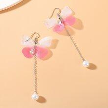 Pendientes largos con perla artificial