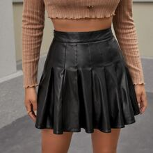 Boxy Pleated PU Leather Skirt