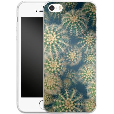 Apple iPhone SE Silikon Handyhuelle - Kingwood Cactus von Joy StClaire
