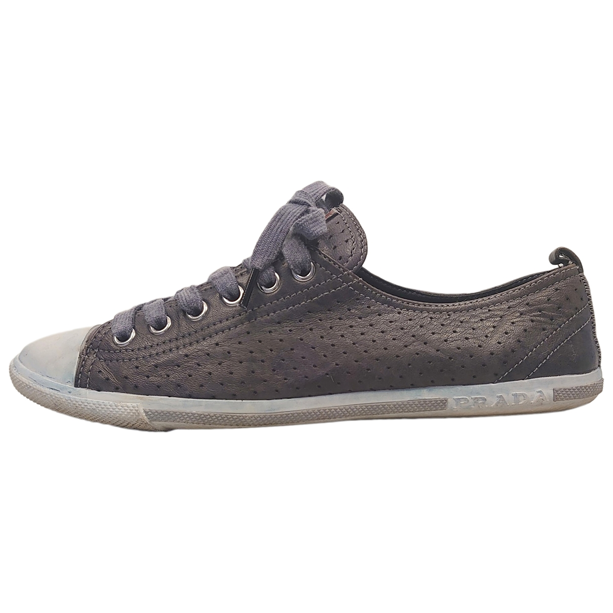 Prada \N Sneakers in Leinen
