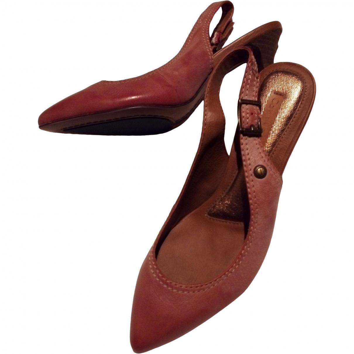 Calvin Klein \N Burgundy Leather Heels for Women 37.5 EU