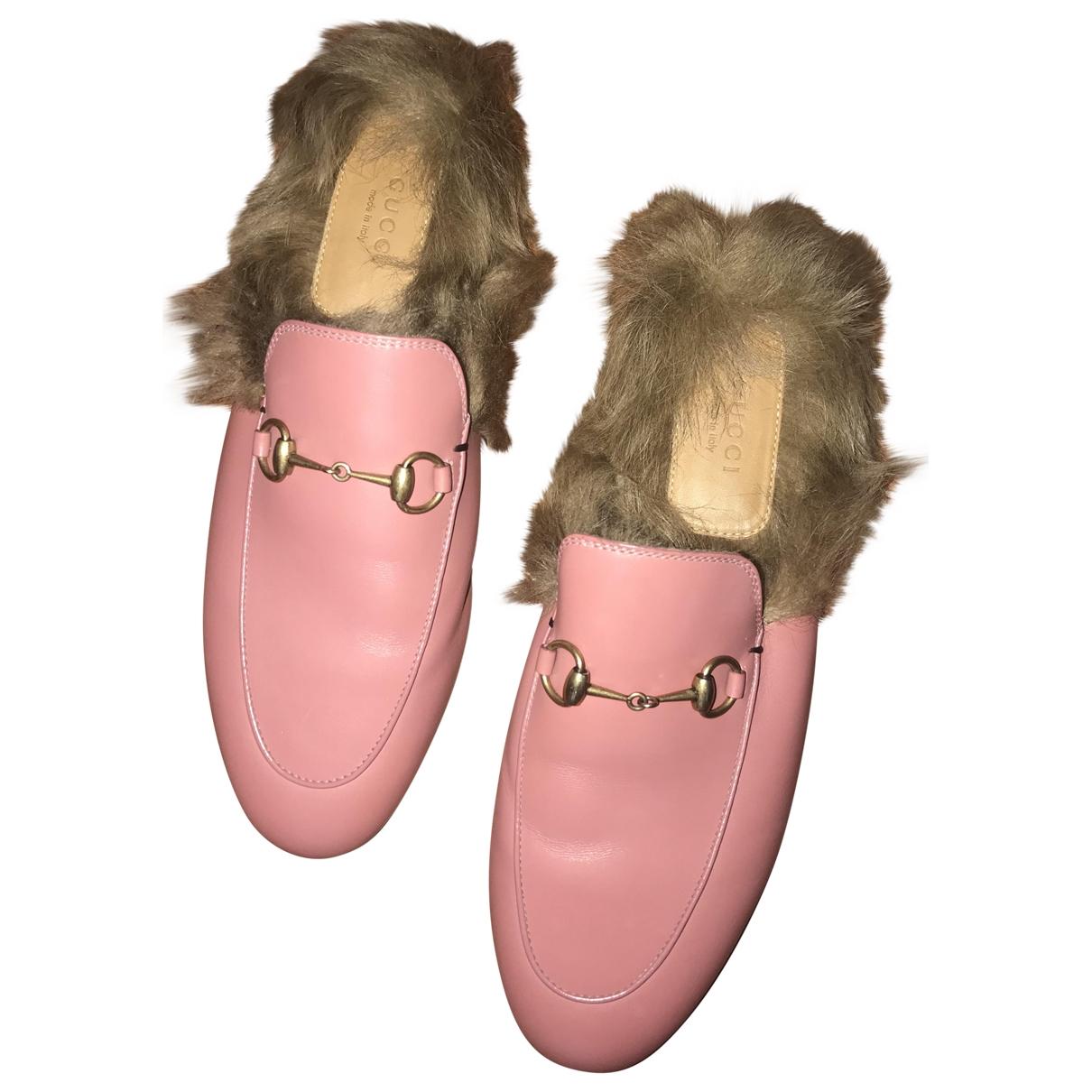 Gucci - Mocassins Princetown pour femme en cuir - rose