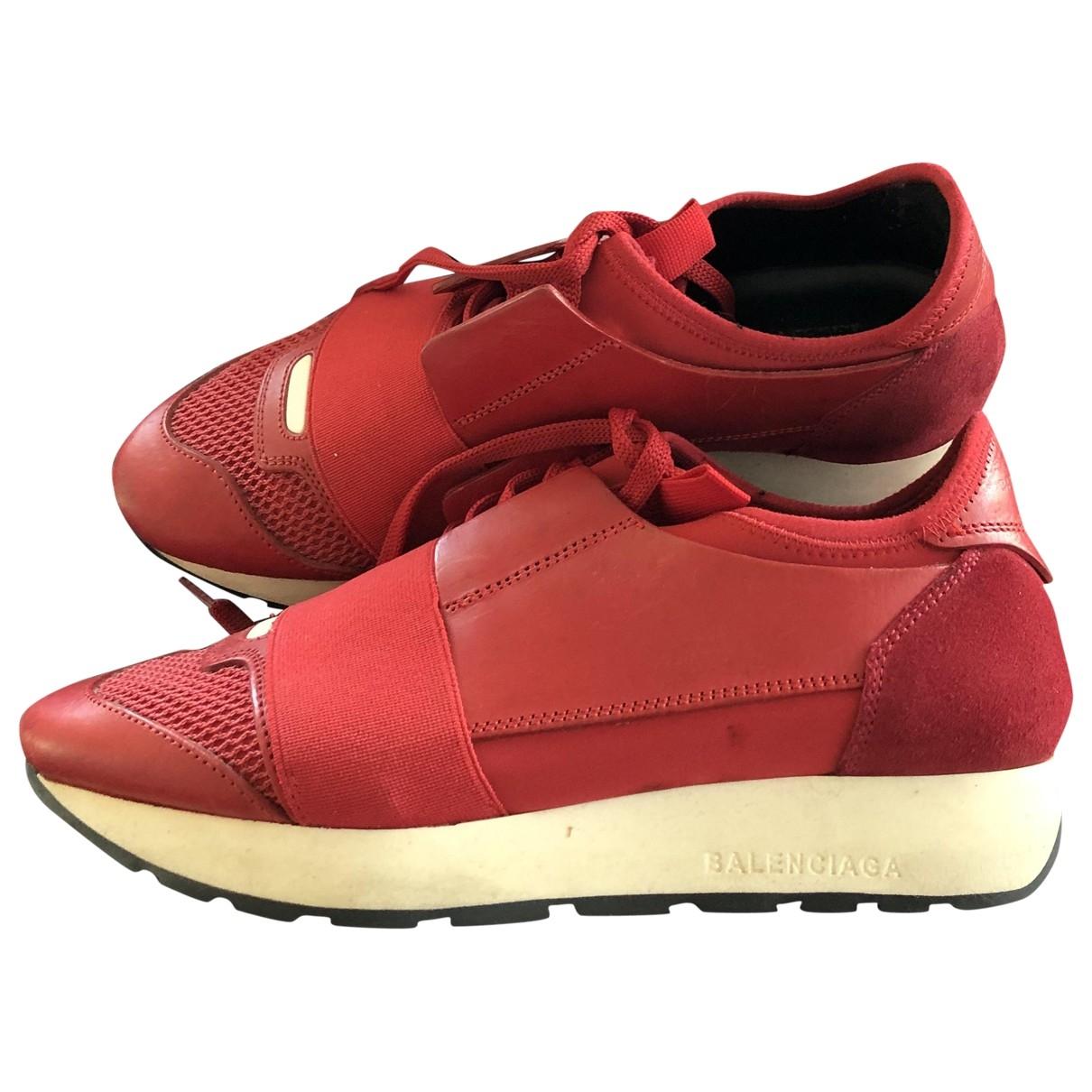 Balenciaga Race Sneakers in  Rot Leder
