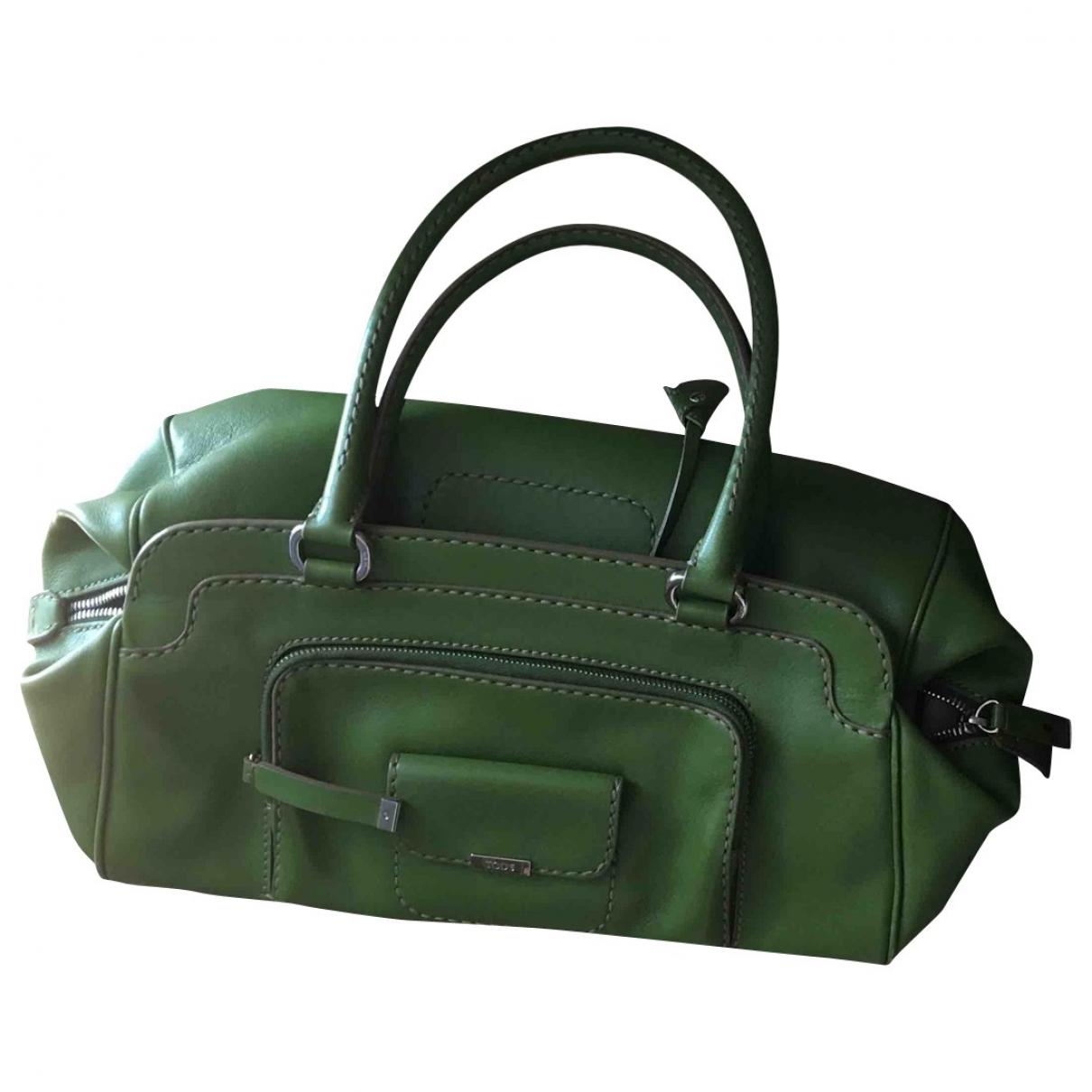 Tods \N Handtasche in  Gruen Leder