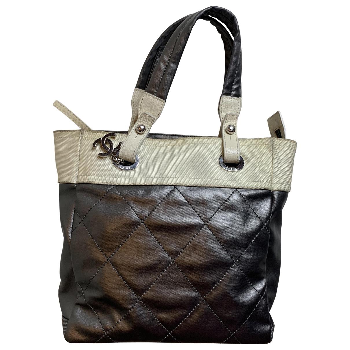 Chanel \N Grey Leather handbag for Women \N