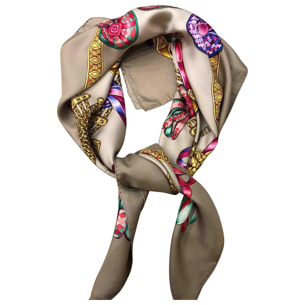 Hermès Carré 90 Beige Silk Silk handkerchief for Women \N