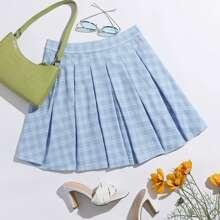 Boxy Pleated Plaid Skirt
