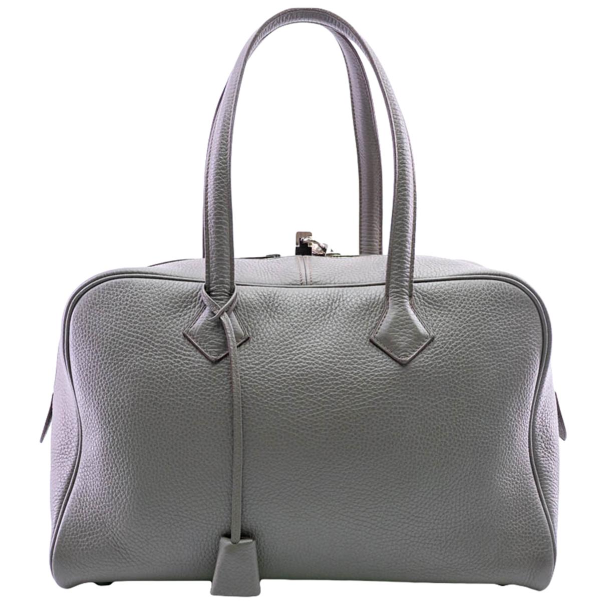 Hermes Victoria Handtasche in Leder