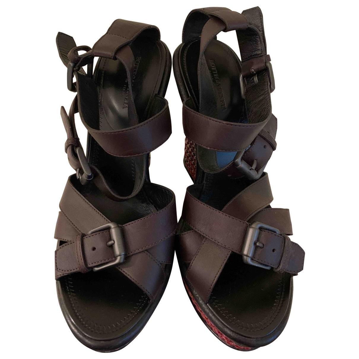 Bottega Veneta \N Burgundy Leather Sandals for Women 37.5 EU