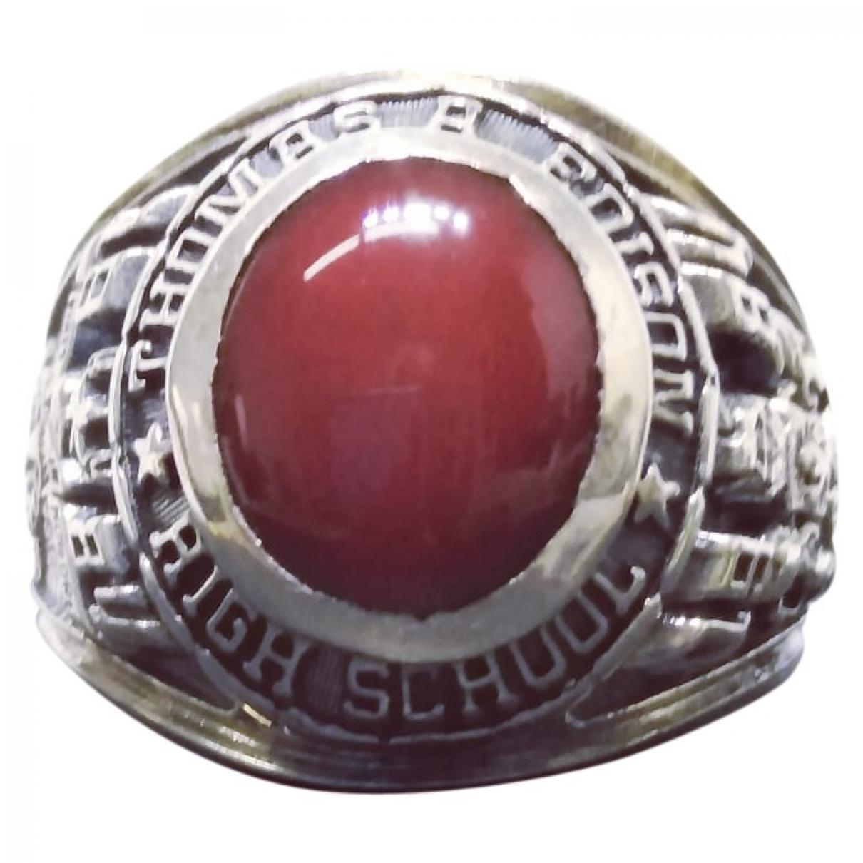Non Signe / Unsigned \N Schmuckstuecke in  Rot Silber