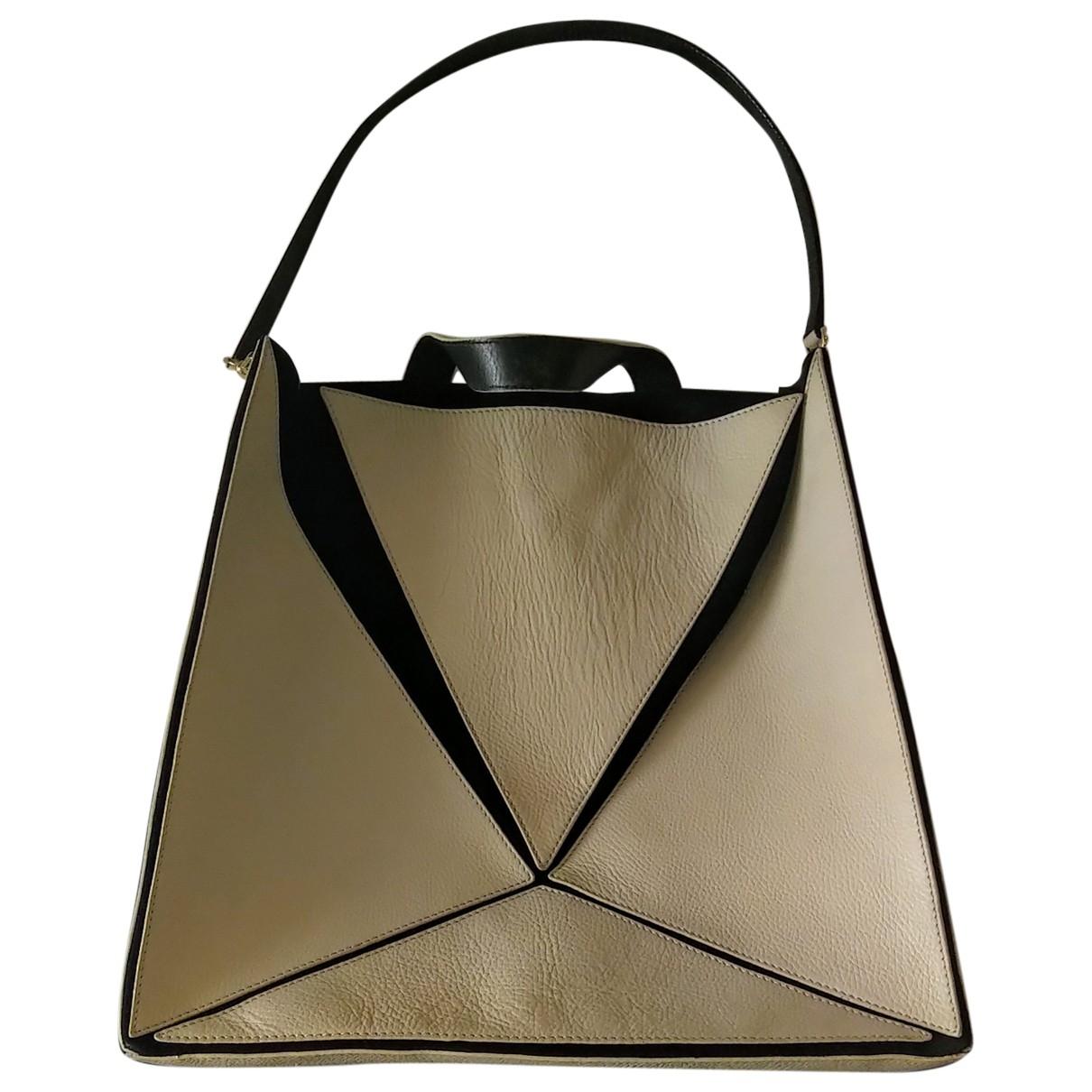 Non Signe / Unsigned \N Handtasche in  Beige Leder