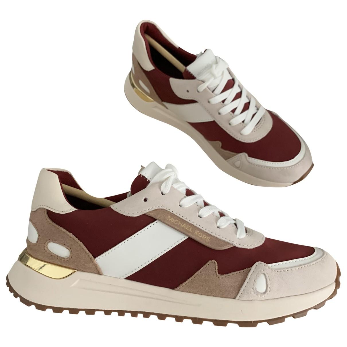 Michael Kors \N Sneakers in  Bordeauxrot Leder