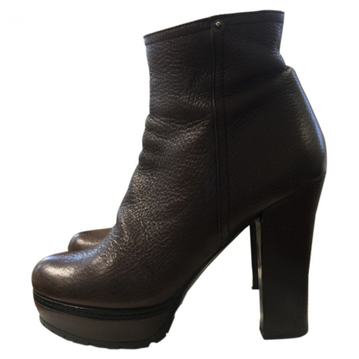 Prada \N Brown Leather Ankle boots for Women 40 EU