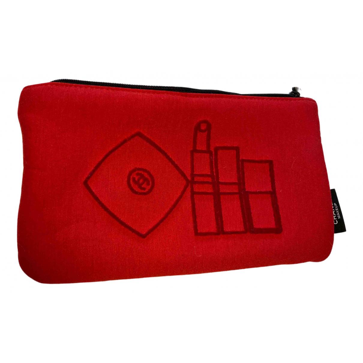 Chanel \N Reisetasche in  Rot Leinen