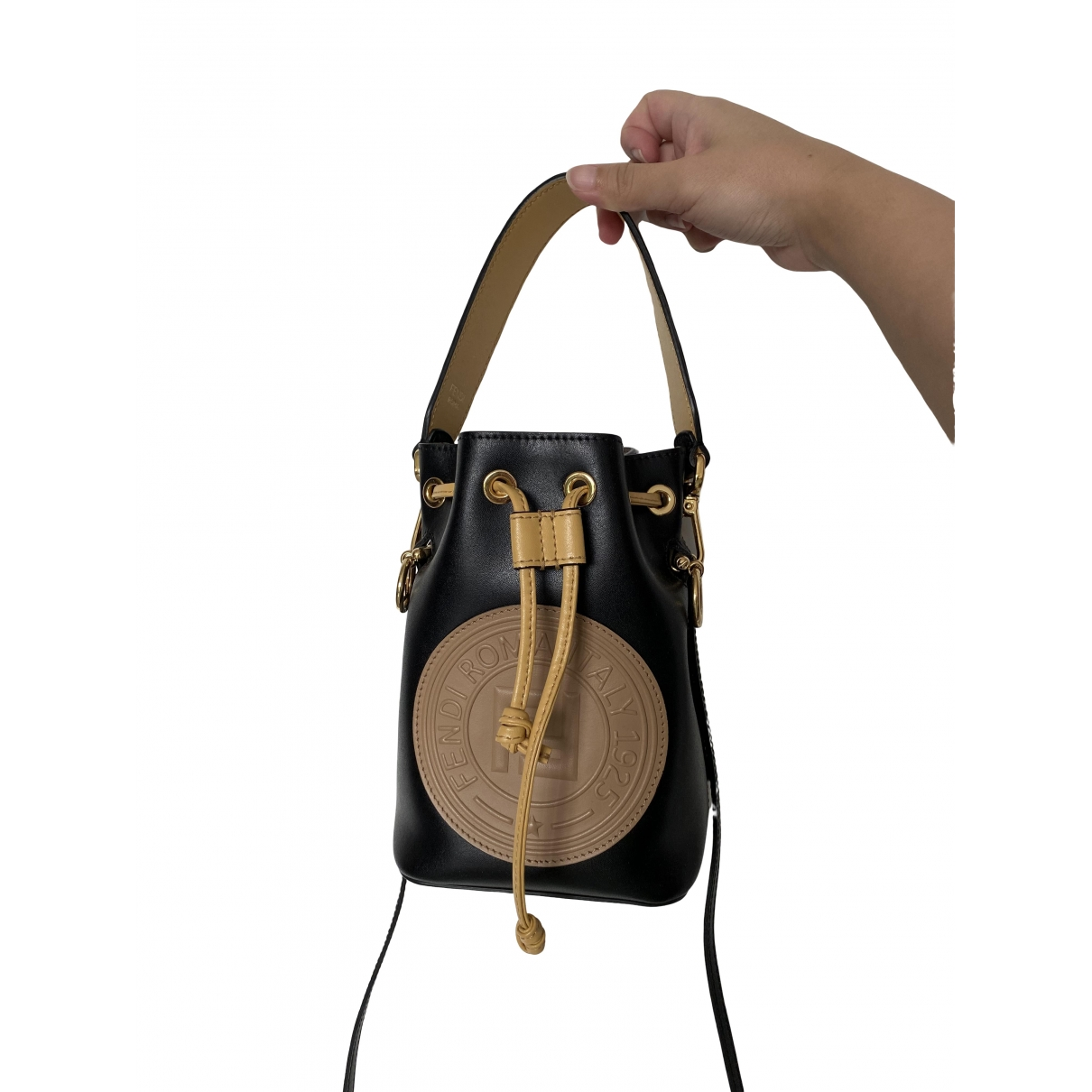 Fendi Mon Tresor Handtasche in  Schwarz Leder