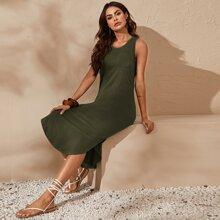 Patch Pocket Curved Hem Solid Dress