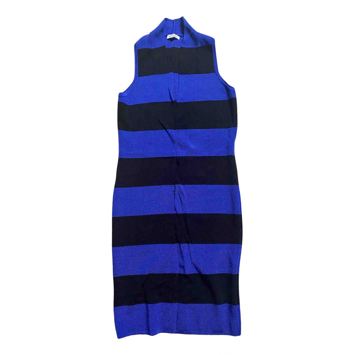 Beayukmui \N Kleid in  Blau Viskose