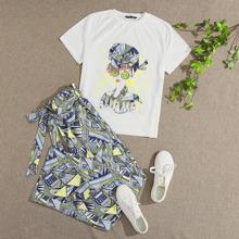 Conjunto camiseta con estampado de letra y figura con pantalones tribal de cintura con volante