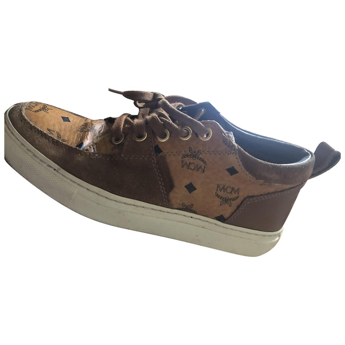 Mcm \N Sneakers in  Braun Leder