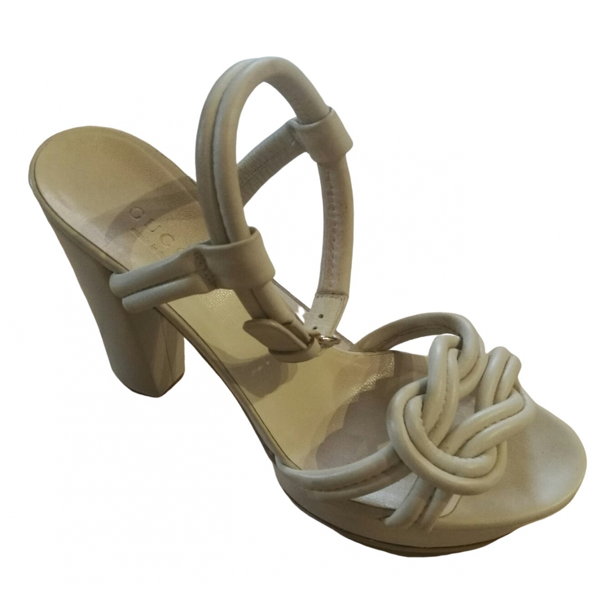 Gucci \N White Leather Sandals for Women 37.5 EU