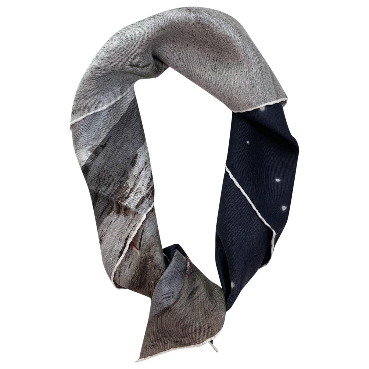 Dior \N Grey Silk scarf for Women \N