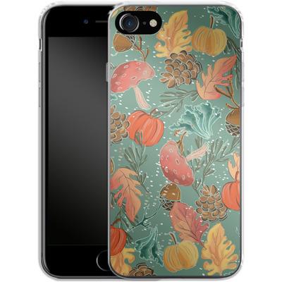 Apple iPhone 8 Silikon Handyhuelle - Fall Woodland Green von Mukta Lata Barua