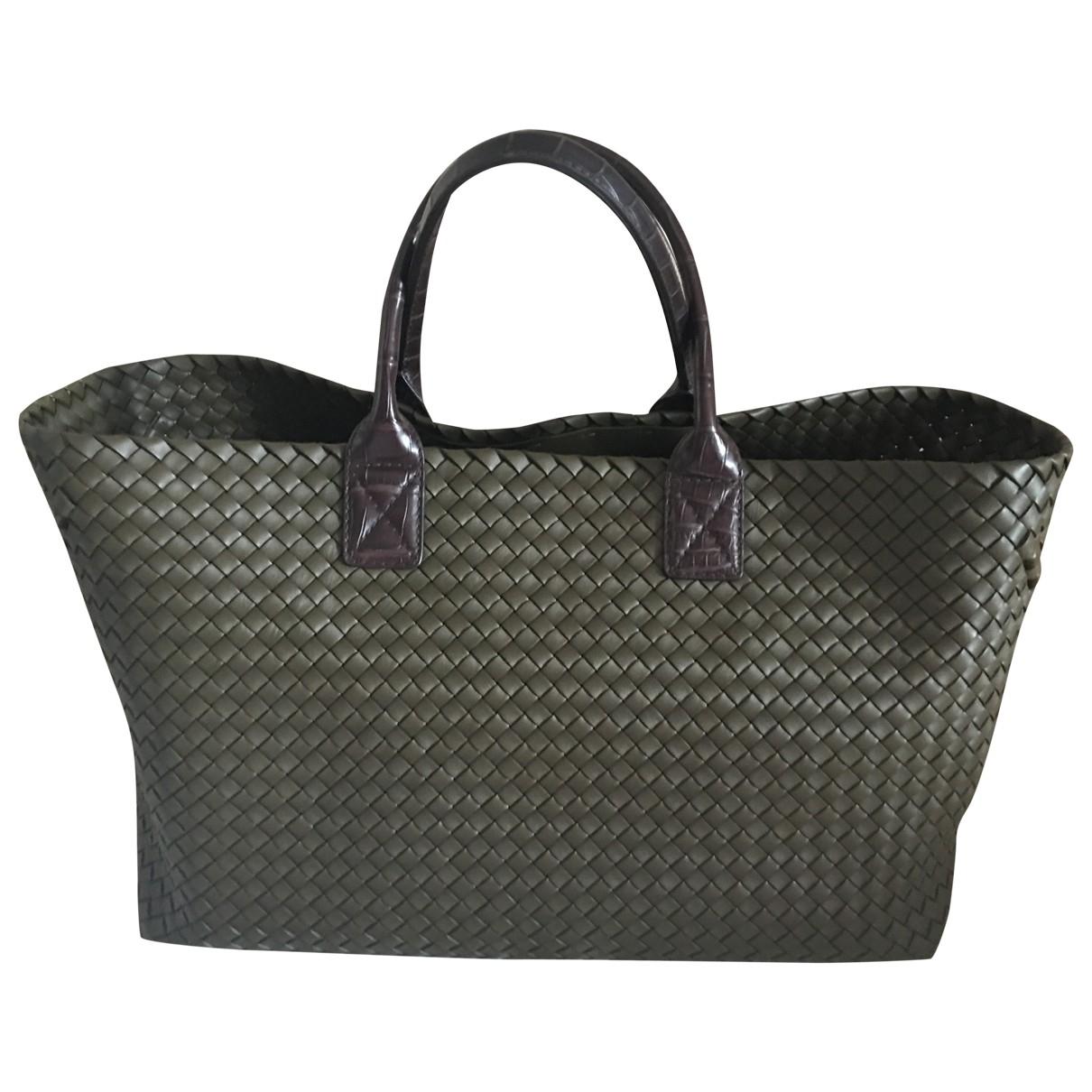 Bottega Veneta Fourre-Tout  Khaki Leather handbag for Women \N