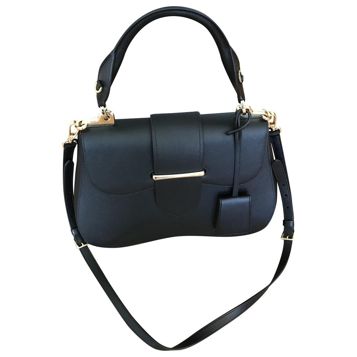Prada Sidonie Handtasche in  Schwarz Leder