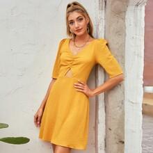 D&M A-Linie Kleid mit Rueschen vorn und Ausschnitt