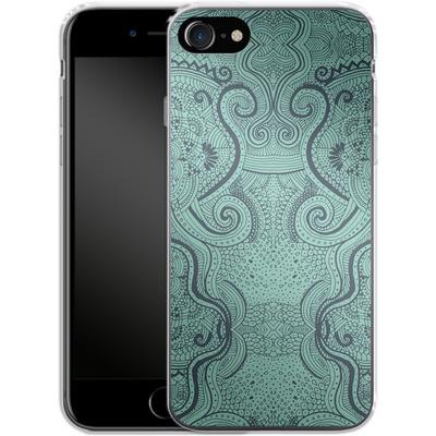 Apple iPhone 7 Silikon Handyhuelle - Visnu von Daniel Martin Diaz