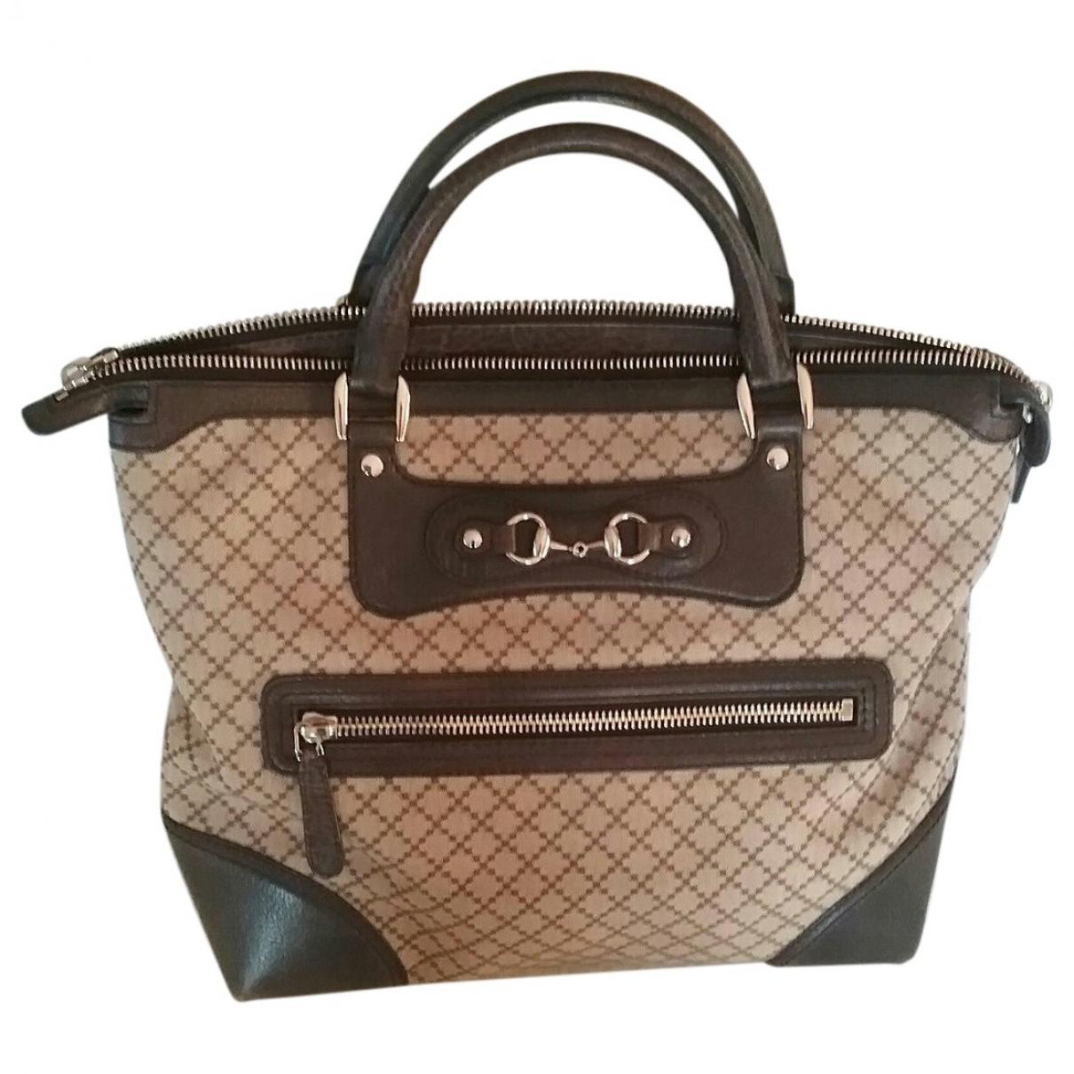 Gucci \N Camel Cloth handbag for Women \N