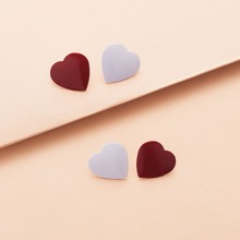 2pairs Heart Shaped Stud Earrings