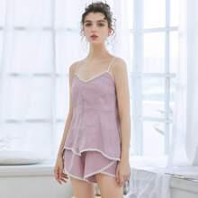 Cami Schlafanzug Set mit Kontrast Bindung und Tulpensaum