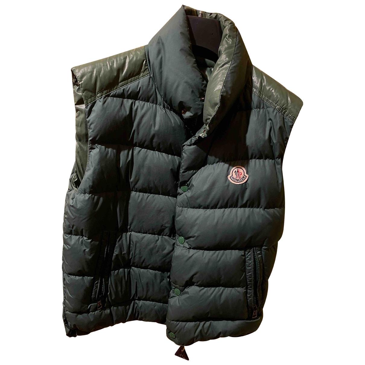 Moncler \N Maentel in  Gruen Polyester
