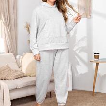 Einfarbiger Pajama Set mit Kaenguru Tasche und Kapuze
