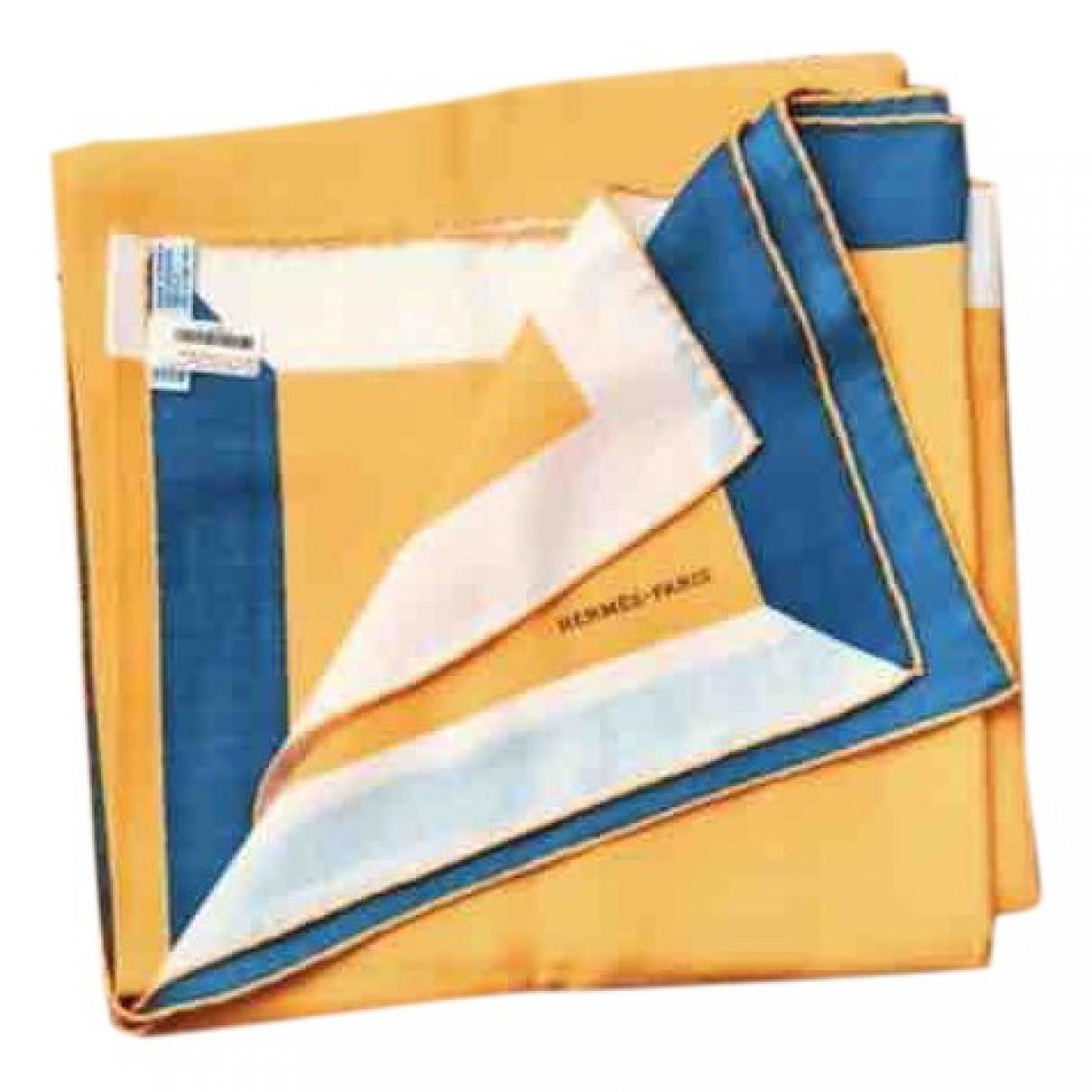 Hermès Carré Géant silk 140 Yellow Cashmere scarf for Women \N