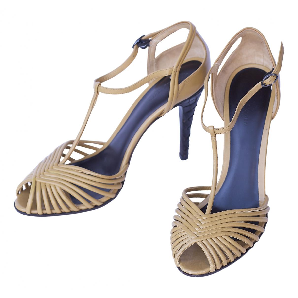 Bottega Veneta \N Beige Leather Sandals for Women 40.5 EU