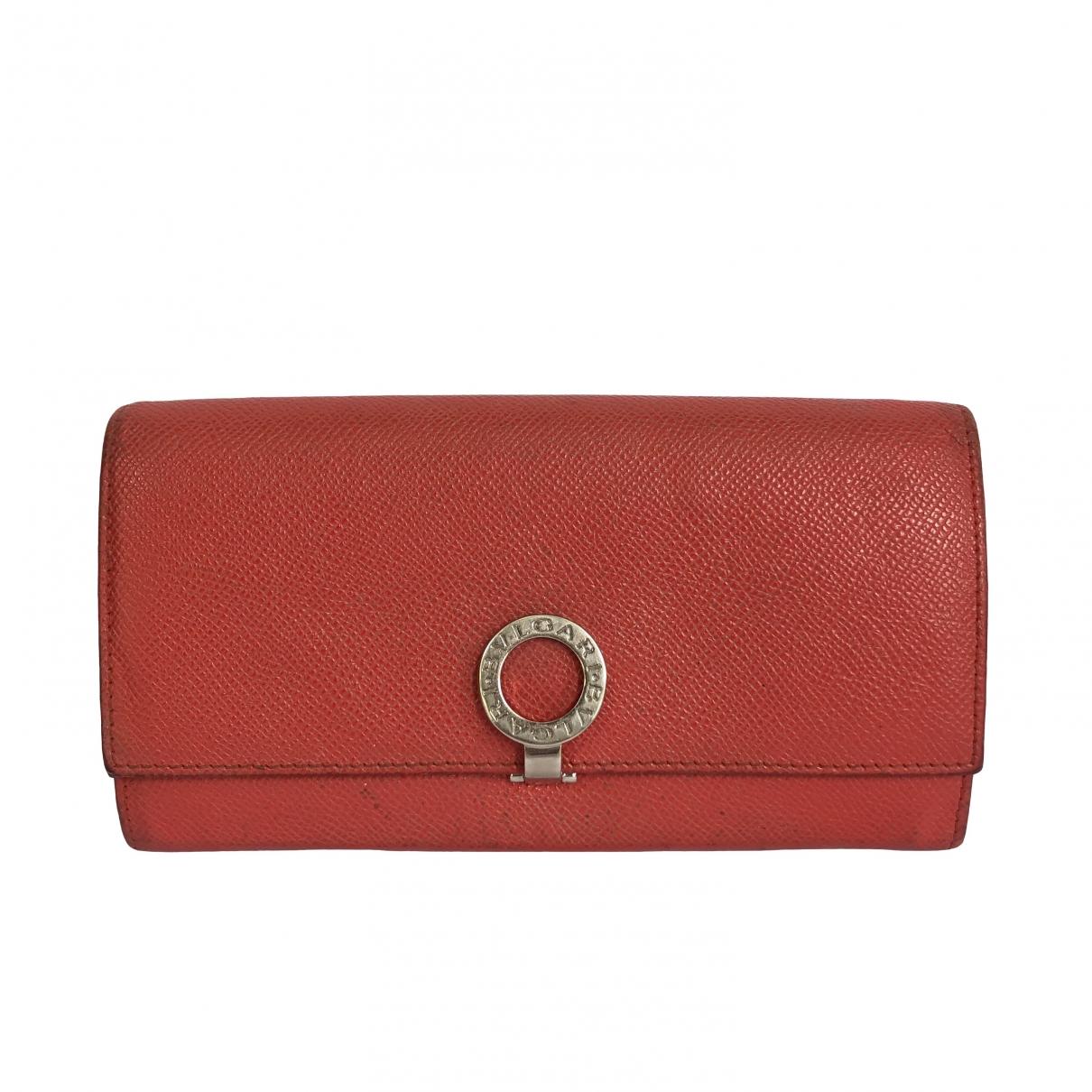 Bvlgari \N Portemonnaie in  Rot Leder
