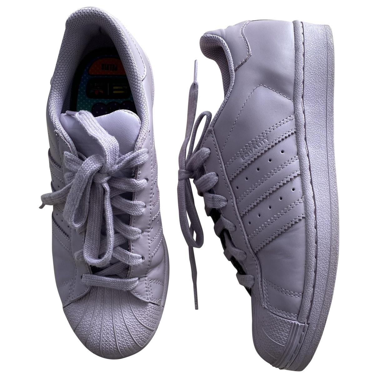 Adidas X Pharrell Williams \N Sneakers in Kautschuk