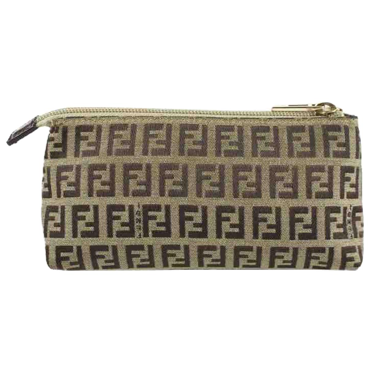 Fendi \N Brown Cloth Clutch bag for Women \N