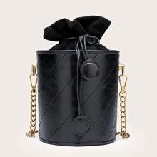 Bolso cubo con puntada