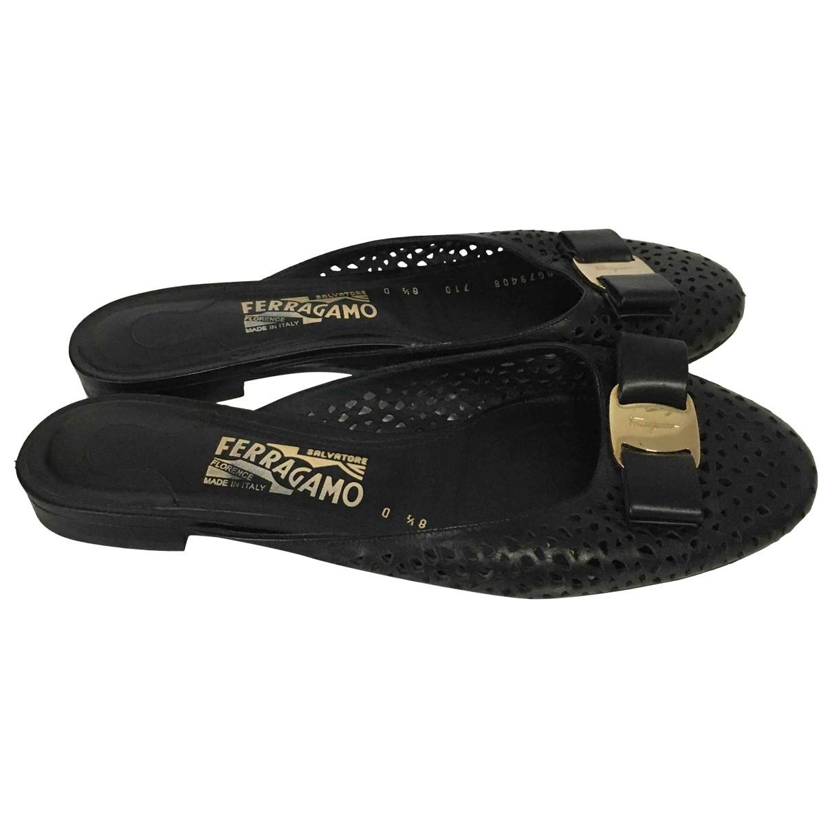 Salvatore Ferragamo \N Black Leather Sandals for Women 8.5 US