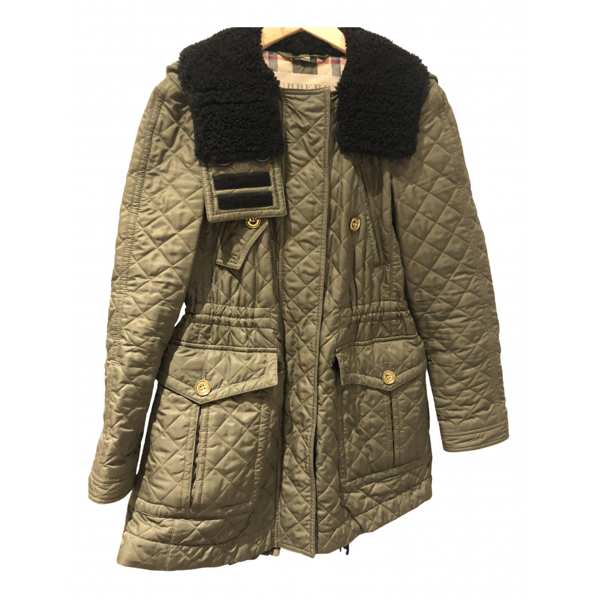 Burberry \N Jacke in  Khaki Synthetik