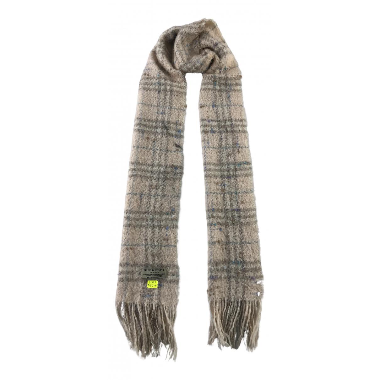 Burberry N Wool scarf for Women N