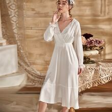 Contrast Lace Surplice Front Nightdress