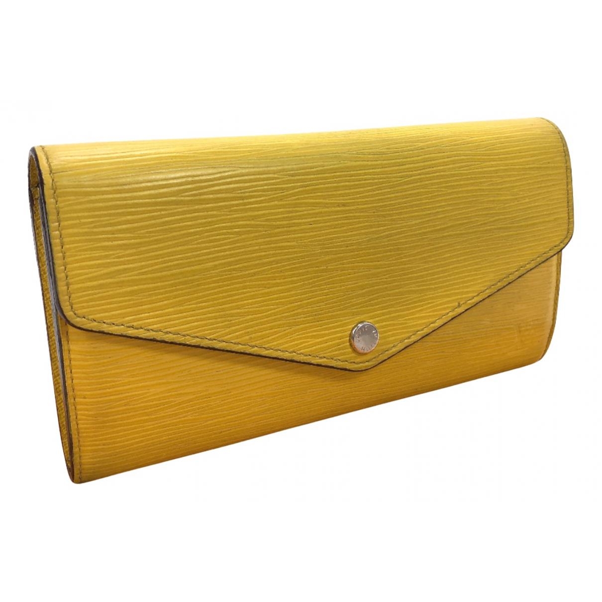 Louis Vuitton Sarah Portemonnaie in  Gelb Leder