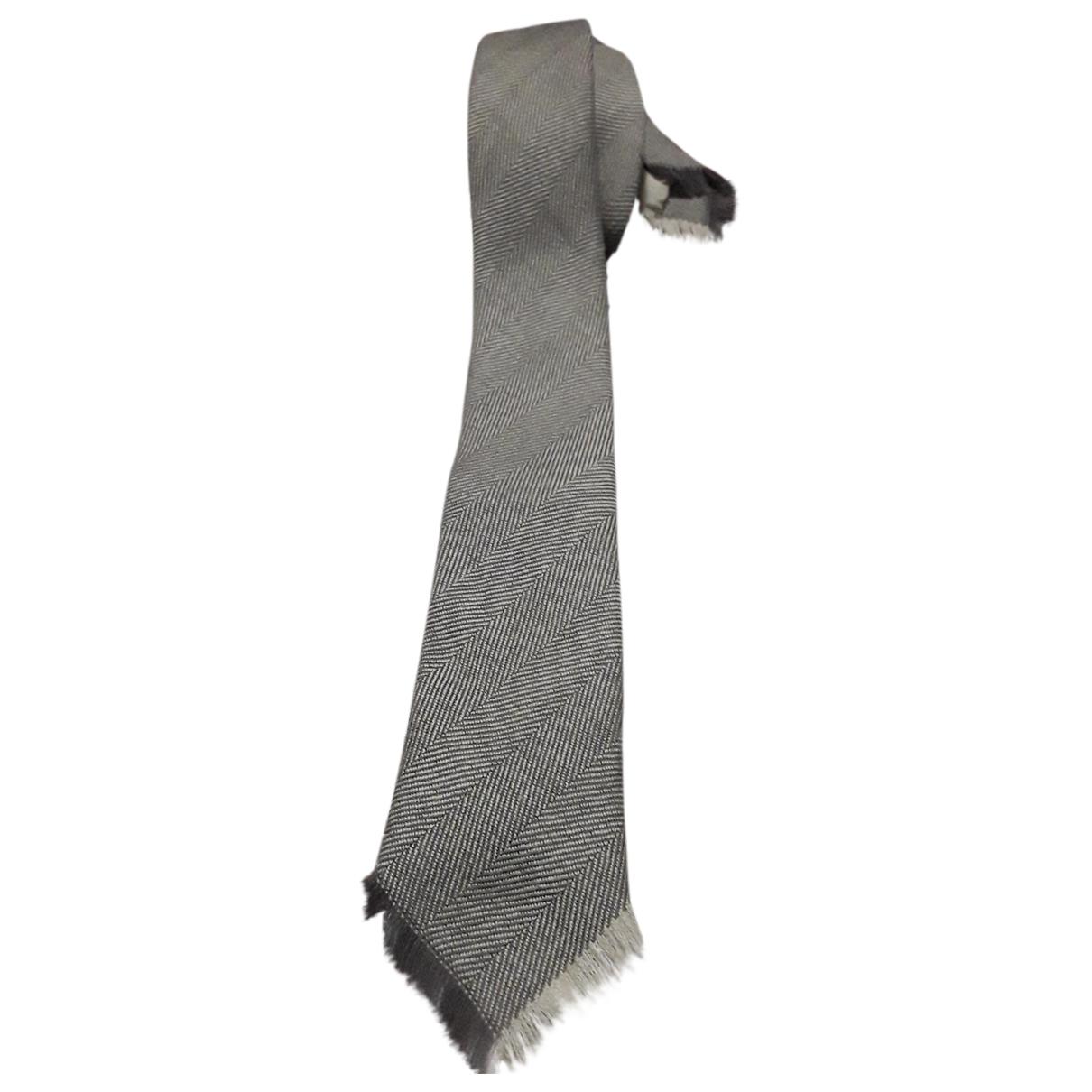 Fendi \N Krawatten in  Grau Wolle