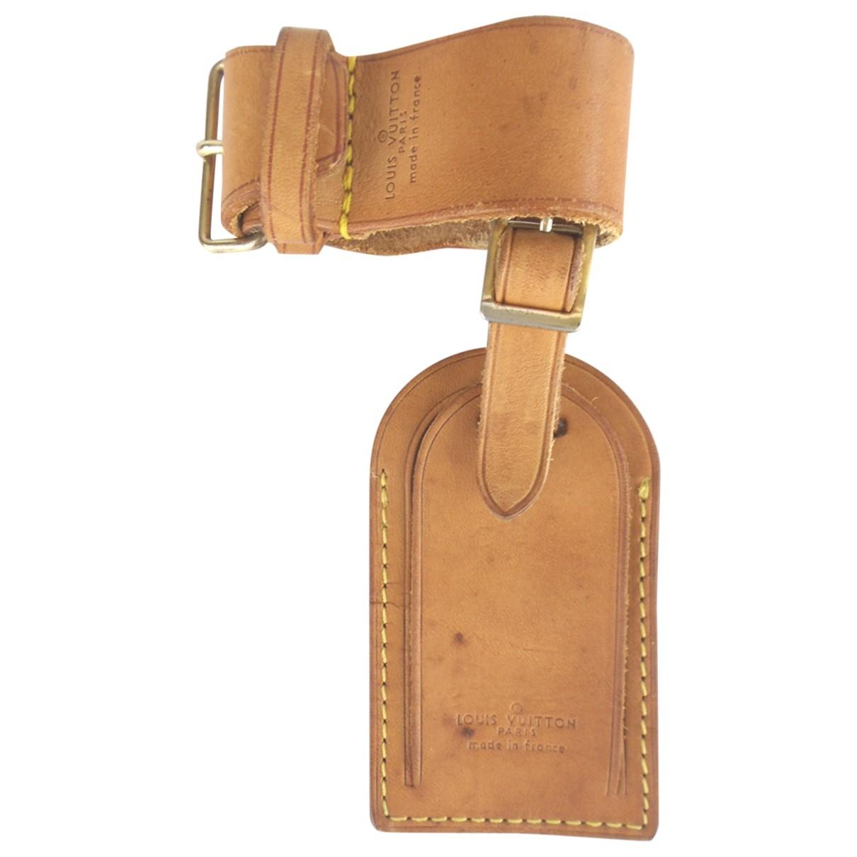 Louis Vuitton \N Taschenschmuck in  Braun Leder